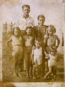 la famiglia Pezzin al mare